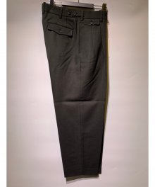 <img class='new_mark_img1' src='https://img.shop-pro.jp/img/new/icons49.gif' style='border:none;display:inline;margin:0px;padding:0px;width:auto;' />marka <BR>CLASSICAL TROUSERS DRY WOOL SERGE (OLIVE) SOLD OUT