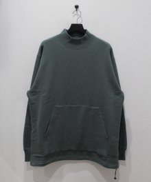 <img class='new_mark_img1' src='https://img.shop-pro.jp/img/new/icons49.gif' style='border:none;display:inline;margin:0px;padding:0px;width:auto;' />marka <BR>MOCK NECK (SAGE)  SOLD OUT