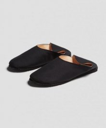 <img class='new_mark_img1' src='https://img.shop-pro.jp/img/new/icons49.gif' style='border:none;display:inline;margin:0px;padding:0px;width:auto;' />MARKAWARE <BR>CONVENIENCE SHOES -SUPER 120'S WOOL TROPICAL-(BLACK) SOLD OUT