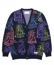 <img class='new_mark_img1' src='https://img.shop-pro.jp/img/new/icons49.gif' style='border:none;display:inline;margin:0px;padding:0px;width:auto;' />WACKOMARIA<BR> MARIA JACQUARD CARDIGAN 【SOLD OUT】