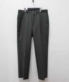 <img class='new_mark_img1' src='https://img.shop-pro.jp/img/new/icons49.gif' style='border:none;display:inline;margin:0px;padding:0px;width:auto;' />marka <BR>STRAIGHT FIT TROUSERS (GREEN) SOLD OUT