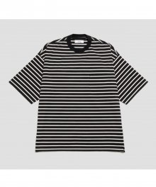 <img class='new_mark_img1' src='https://img.shop-pro.jp/img/new/icons8.gif' style='border:none;display:inline;margin:0px;padding:0px;width:auto;' />marka <BR> BORDER TEE (BLACK×WHITE)