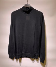 <img class='new_mark_img1' src='https://img.shop-pro.jp/img/new/icons8.gif' style='border:none;display:inline;margin:0px;padding:0px;width:auto;' />MARKAWARE <BR>MOCK NECK WOOL TEE - Super 120's Wool Switzer KNIT - (BLACK)