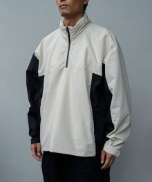 <img class='new_mark_img1' src='https://img.shop-pro.jp/img/new/icons8.gif' style='border:none;display:inline;margin:0px;padding:0px;width:auto;' />FAKIE STANCE<BR>Track Jacket White×Black
