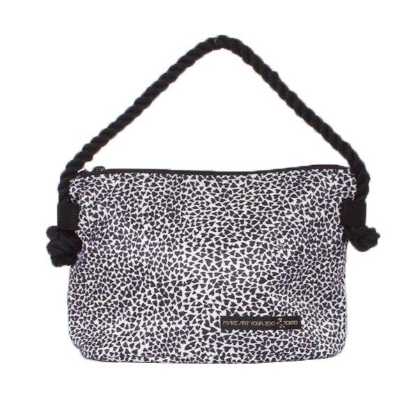 64f1a4d048c8 バニティーポーチ Love Heart (Cream/Black) - 軽いユニセックスのバッグ ...