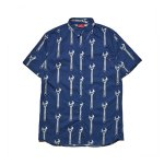 <img class='new_mark_img1' src='https://img.shop-pro.jp/img/new/icons20.gif' style='border:none;display:inline;margin:0px;padding:0px;width:auto;' />HELLRAZOR Wrench Button Shirt - Navy