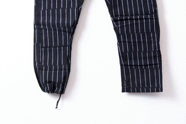 うなぎの寝床 久留米絣もんぺ ずらしストライプ【ブラック】 薄手生地  送料無料