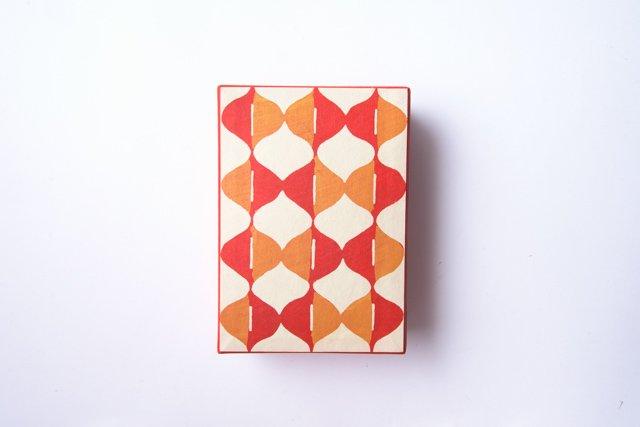 八尾和紙 桂樹舎 はがき箱 鈴玉赤
