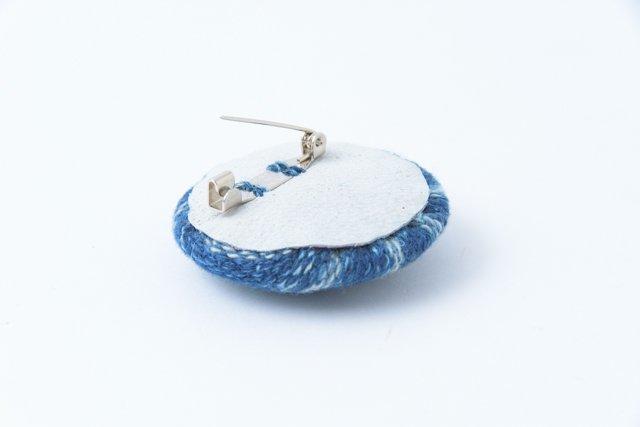 渡辺洋美 藍染ブローチ 丸 小1 約4.5×1.5cm