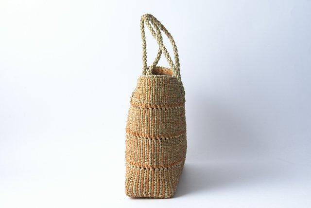 ヒロロ モワダの手提げバッグ 内布、内ポケット付