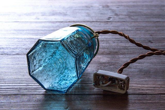 安土草多 吹きガラス ペンダントライト 八角錐台瓶 青透き被せ az-l28z1