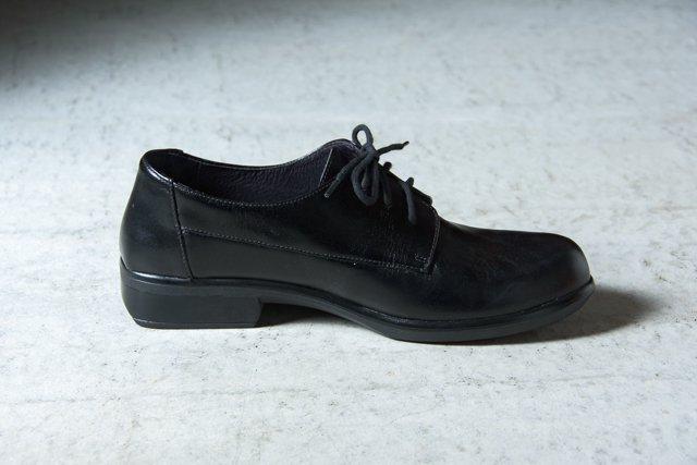 NAOT KEDMA ケドマ 革靴 Black Madras(黒)
