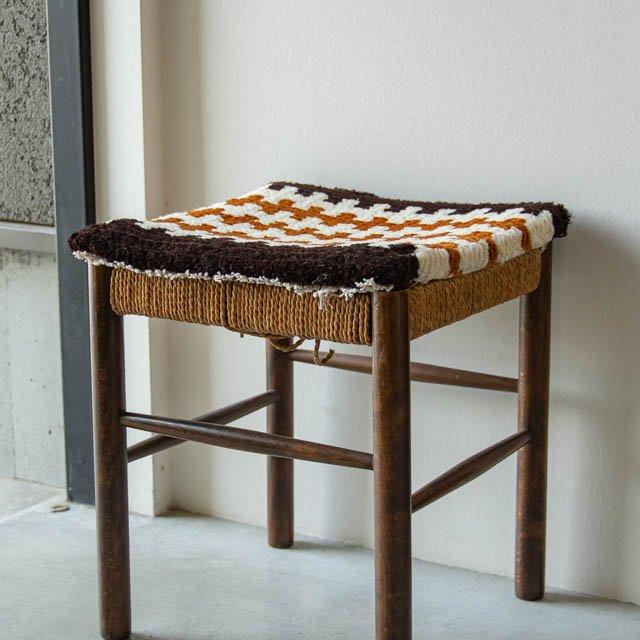 倉敷ノッティング ウールの椅子敷き 10