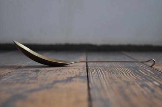 lue 菊地流架 一枚板サーバー