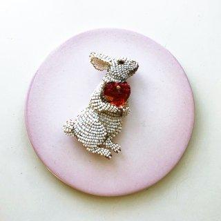 お抱えウサギ(赤のハート)