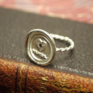 《THE LETTERS》HANDMADE RING 〜LOVE PAPIER.〜 silver 色石入り