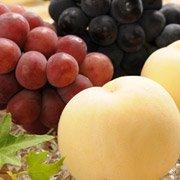 白桃とピオーネと安芸クイーンの詰め合わせ