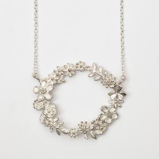 花冠ネックレス
