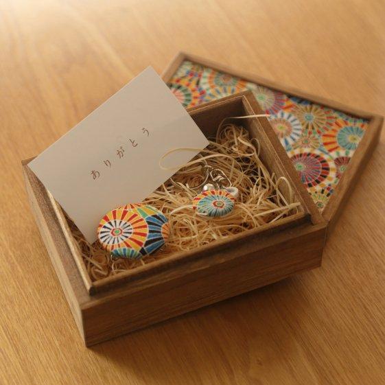 【贈答用】小さな桐箱ときもの小物3点セット