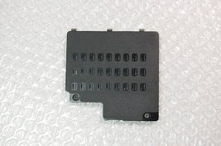 中古 東芝 dynabook R731 R732/F R732/G シリーズ 裏面メモリカバー/メッシュタイプNo.1127-3