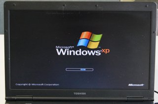 送料無料 中古 東芝 Satellite L36 220C windows XP Pro No.0605-3