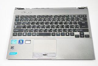 中古美品 東芝 dynabook R631/28E 用 キーボードベゼル(キーボード付き)No.0105