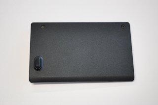 中古美品 東芝 dynabook T451/58EW シリーズ ハードディスクボトムカバー No.210416-6