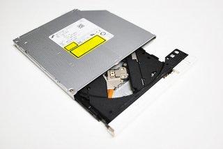 中古美品 東芝 dynabook T45 T55 T65 AZ45 AZ65 シリーズ DVDスーパーマルチドライブ(ホワイトベゼル)No.210818-1