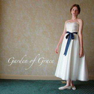 オードリーアンクル丈ドレス