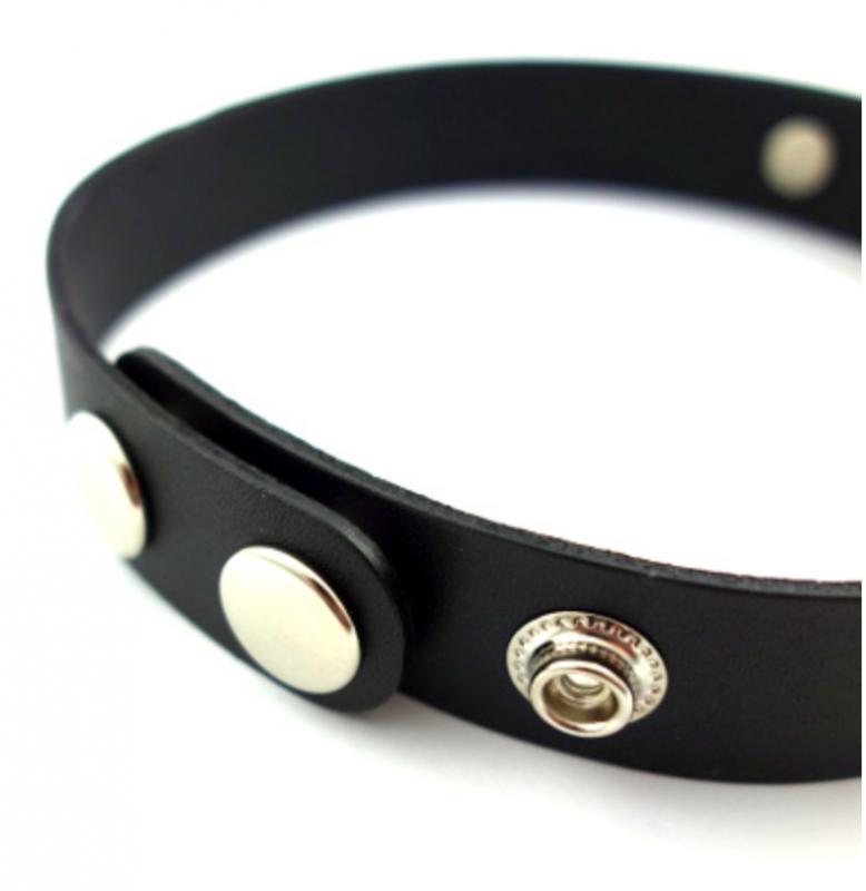 SELECT /Leather  Dangle ringchoker