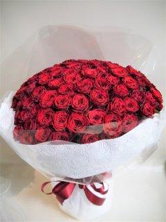 <予約商品>お値打ち100本バラの花束