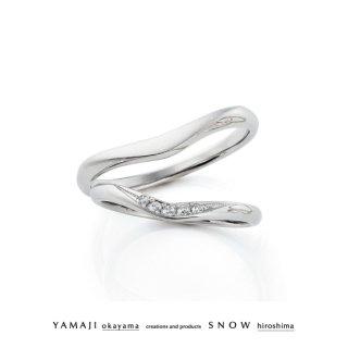 『RING OF DROPS/しずくの指輪』プラチナ950 マリッジリング(結婚指輪)
