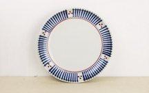 砥部焼◆切立丸皿(6寸)■十草三つ紋