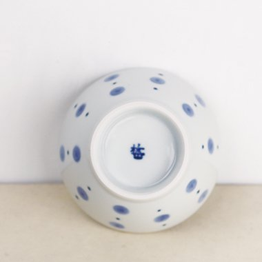 梅山窯,径約10cm×高約5.6cm,磁器