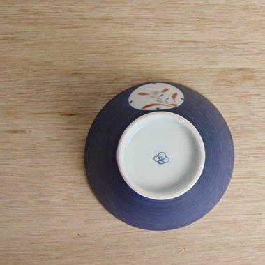 廣梅窯,径約2cm×高約6.4cm,磁器