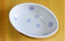 砥部焼◆布目木の葉皿(水玉)