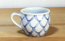 砥部焼◆丸マグカップ●二重網目
