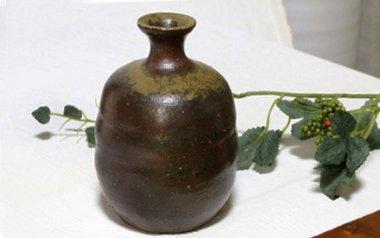,胴巾径約9cm×高約12.5cm,陶器