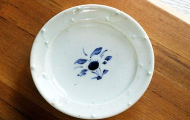 中田窯,外径16.2cm×高さ2.8cm,磁器
