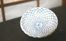 砥部焼◆網紋の玉縁皿 4寸