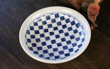 砥部焼◆8寸玉縁皿  市松