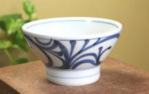砥部焼◆くらわんか茶碗(小)■唐草