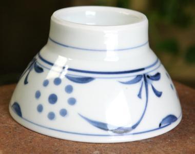 梅山窯,径約11cm×高約6cm,磁器