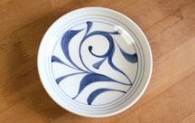 砥部焼◆切立丸皿(4.6寸)■ひとつ唐草