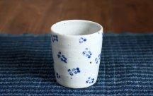 砥部焼◆小花柄のフリーカップ(大)