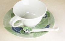砥部焼◆キウイ柄のカップ&ソーサ* 緑