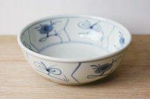砥部焼◆(4.6寸)店主がよく使う浅鉢●なずな