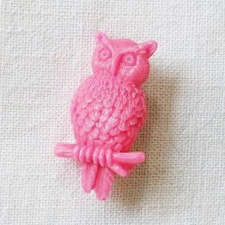 英国acorn & will「Gladys owl brooch」ふくろう・ピンク