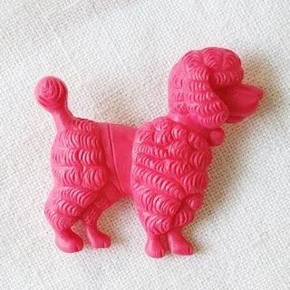 英国acorn & will「harald poodle dog brooch」プードル・ピンク