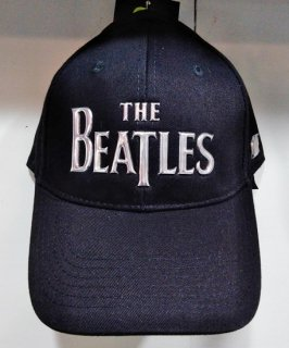 <img class='new_mark_img1' src='https://img.shop-pro.jp/img/new/icons12.gif' style='border:none;display:inline;margin:0px;padding:0px;width:auto;' />THE BEATLES 「ベースボールキャップ Logo(シルバー)/ブラック」